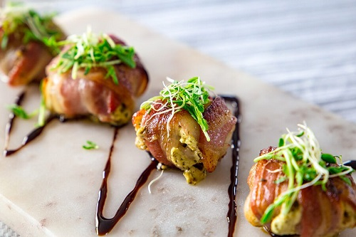 keto pesto stuffed mushrooms